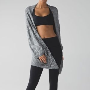 lululemon Breeze Easy Wrap